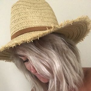 Billabong Straw Beach Hat
